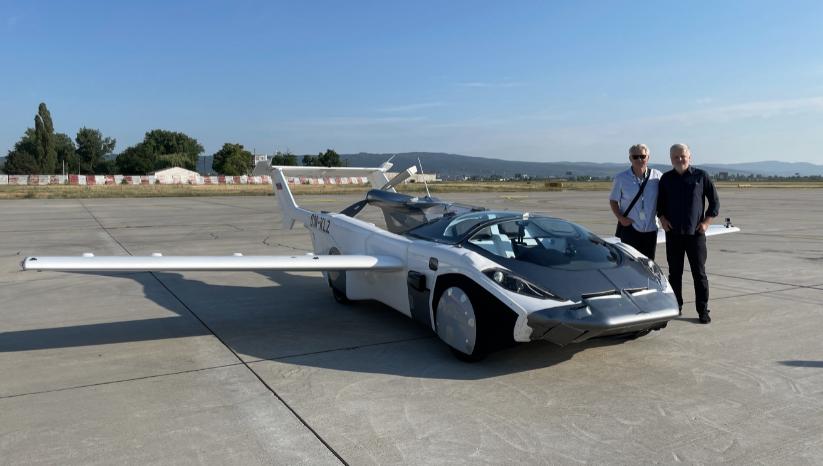 Mobil Terbang aircar pentagon motor group Asuransi 1 m